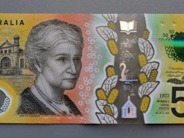 Australia imprime los billetes de 50 dólares con faltas de ortografía