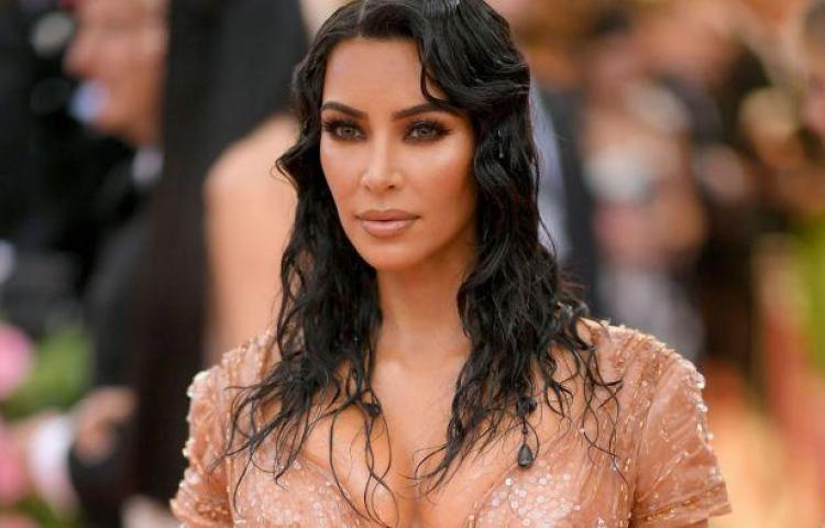 ¡En labor de parto! mujer que alquiló su vientre a Kim Kardashian