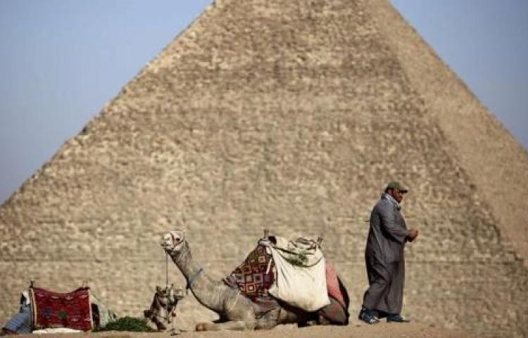 Egipto, a por el récord Guinness del puente en suspensión más ancho del mundo