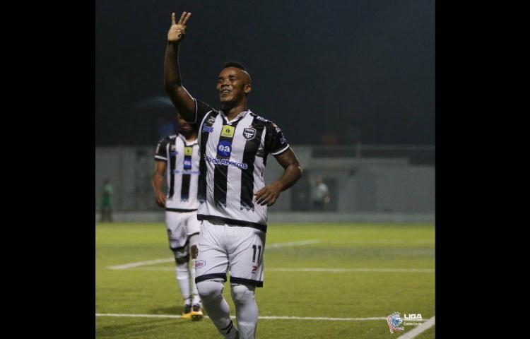 Enrico Small, lo quieren en Costa Rica