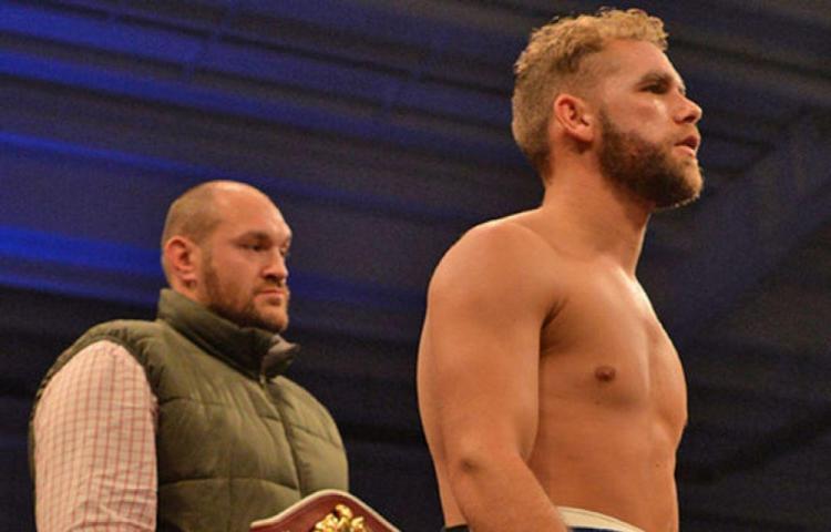 Saunders recibe ayuda de Tyson Fury