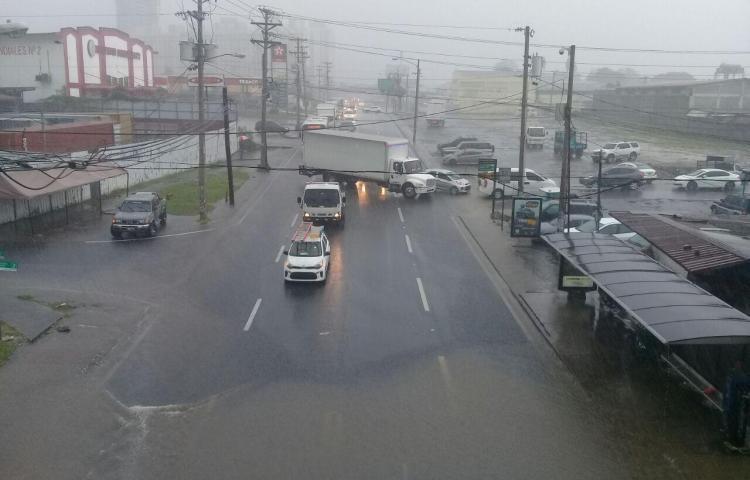 COE emite aviso de prevención por posibles tormentas en el país