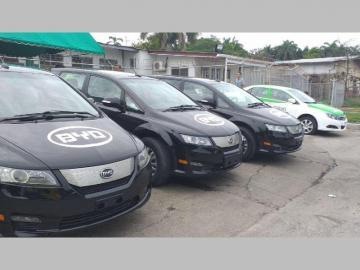 Colón estrenará la primera flota de taxis eléctricos