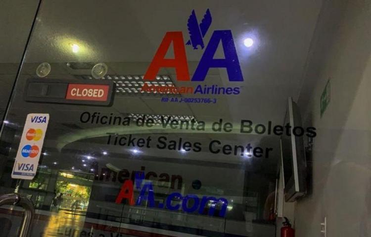 EE.UU. suspende vuelos a Venezuela