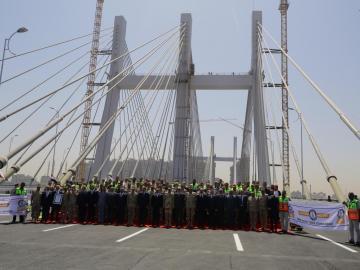 Egipto inaugura el puente más ancho del mundo con la efigie de Al Sis