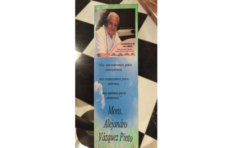 El último adiós delMonseñor Alejando Vásquez Pinto