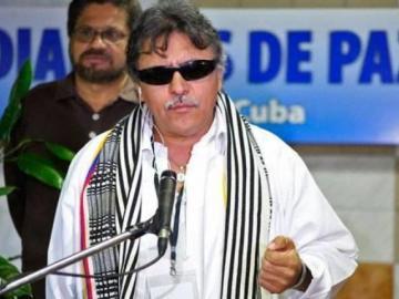"""FARC denuncia que Jesús Santrich está herido y corre """"peligro de muerte"""""""