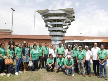 Instalan en Panamá primer purificador de aire de la región con microalgas