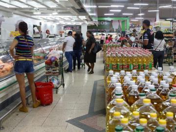 Discrepancias por el control de precios de productos de la CBA