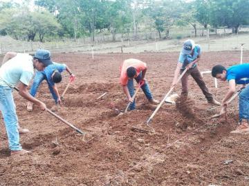 Rinden informe sobre fondos agropecuarios