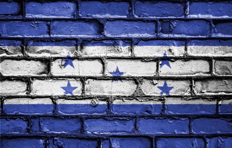 Asesinan a tiros a cinco hombres dentro de su casa en Honduras