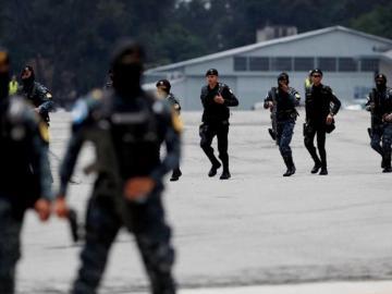 Militares retirados amenazan al Gobierno de Guatemala