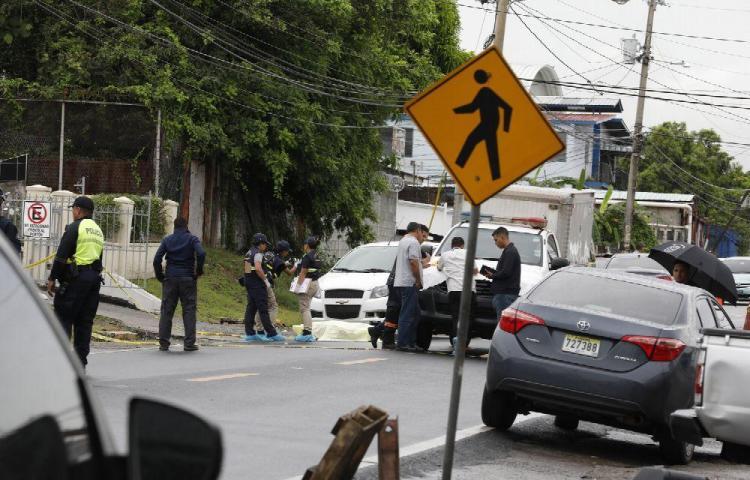 Venezolano mata a peatón que cruzaba la calle en Monte Oscuro
