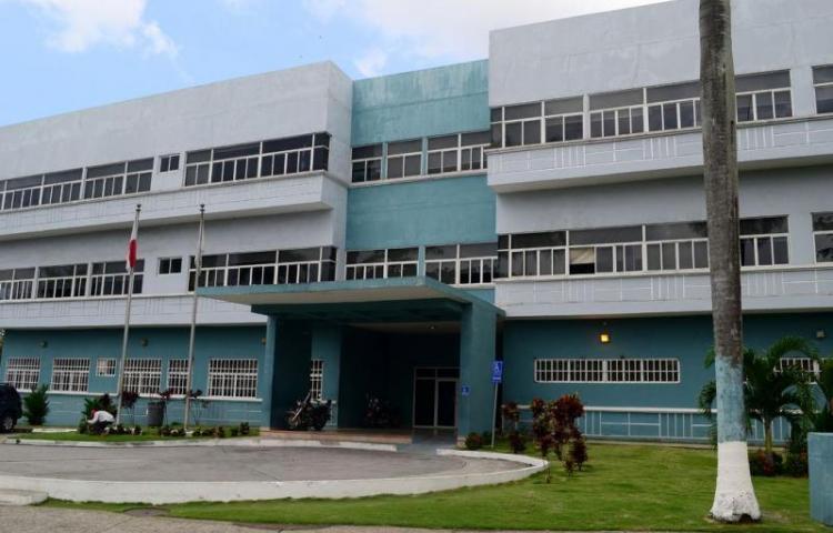 Allanan dos locales relacionados a supuestas irregularidades en Pandeportes