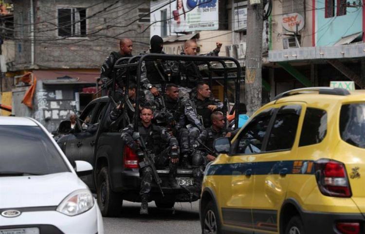 Cerca de mil detenidos acusados por homicidio