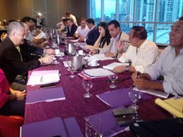 Panameñistas buscanun nuevo Directorio Transitorio tras derrota