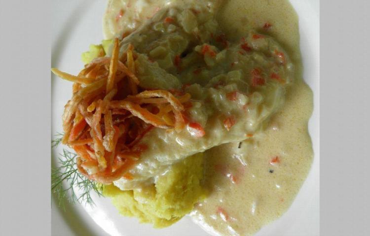 Filetes de pescado en salsa de coco
