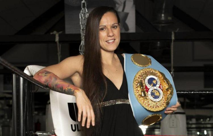 Joana expondrá en Málaga su título mínimo