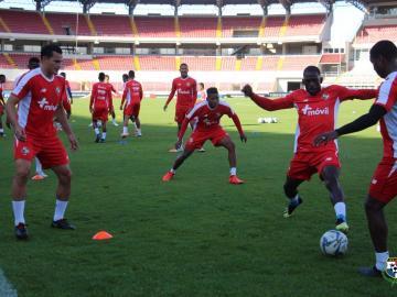 Colombia y Panamá calientan motores con amistoso previo a torneos regionales