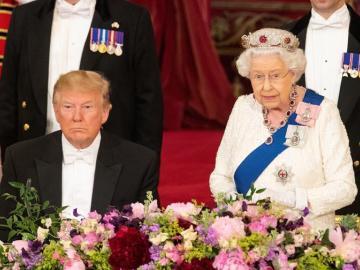 """Isabel II y Trump ensalzan los """"valores comunes"""" británicos y estadounidenses"""
