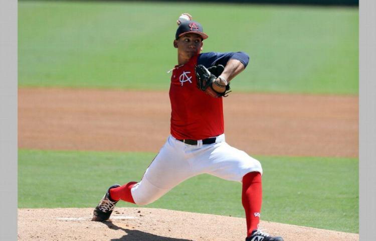 Daniel Espino hace historia para el béisbol de Panamá