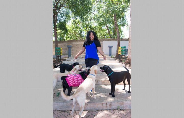 Susana y sus hijos caninos