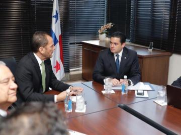 Vicepresidente pide informe de finanzas al contralor Humbert