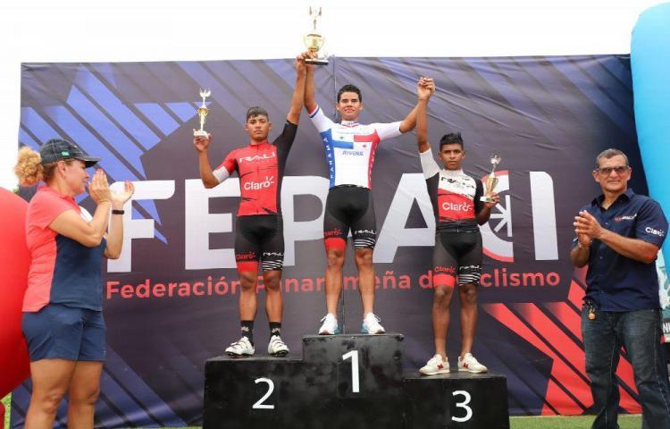 El herrerano Ruiz, el rey del ciclismo de ruta juvenil