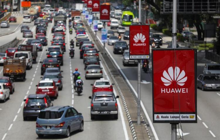 Huawei ingresará 30.000 millones dólares menos por veto EEUU, según fundador