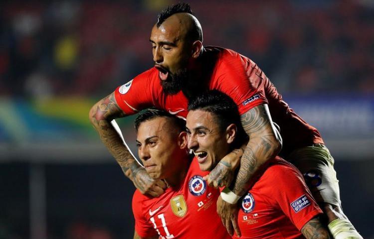 Chile tira de oficio para golear a un combativo Japón