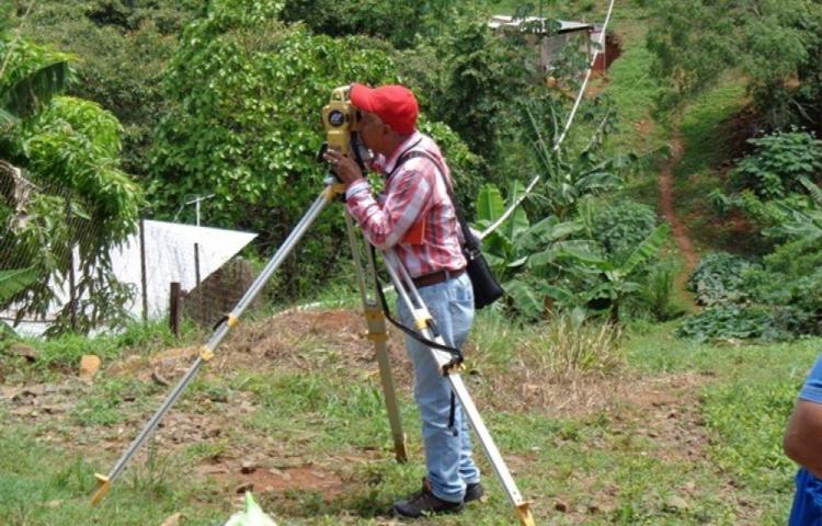 Ministerio de Vivienda dice que resolvió 163 asentamientos informales en 5 años