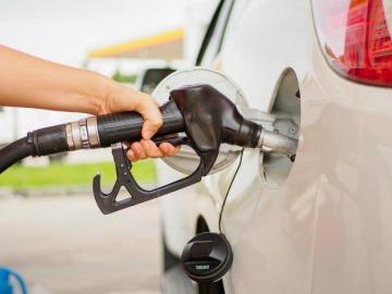 Los precios de la gasolina vuelven a tener una baja