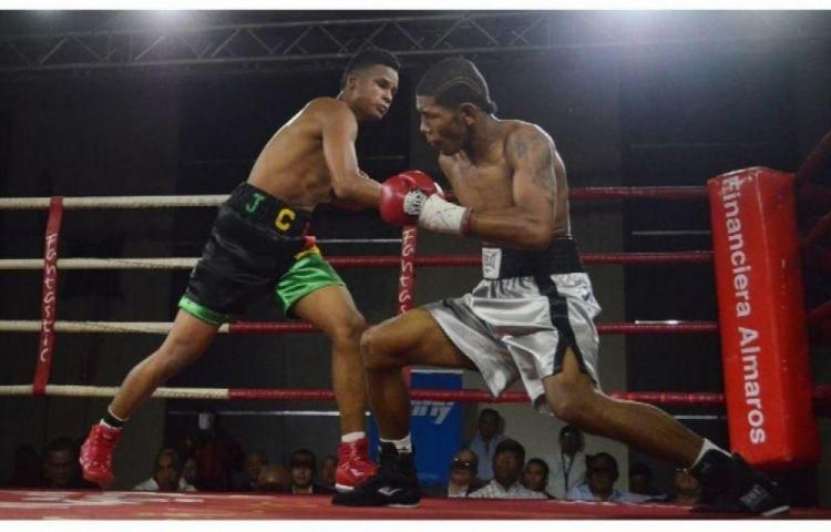 González arriesga su invicto ante Navarro