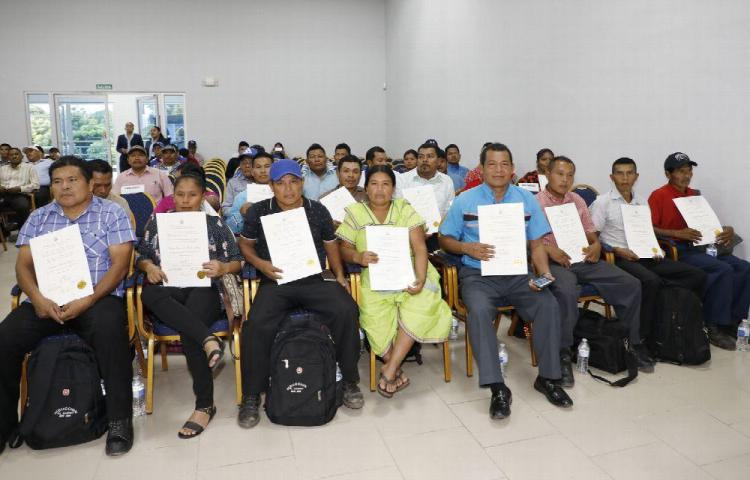 TE entregó las credenciales a ediles de Bocas del Toro y Panamá Oeste