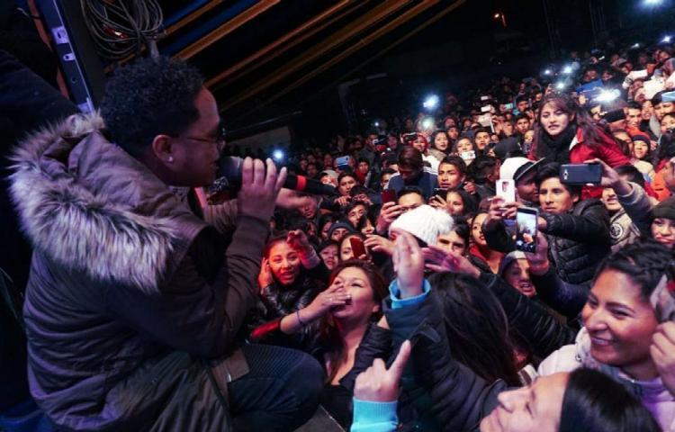 Ofreció concierto en una de las ciudades más altas
