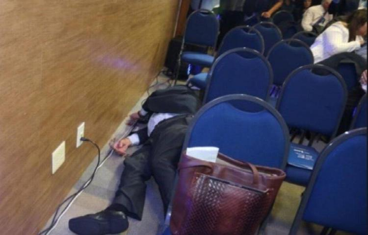 Empresario se suicidó frente a un ministro en Brasil