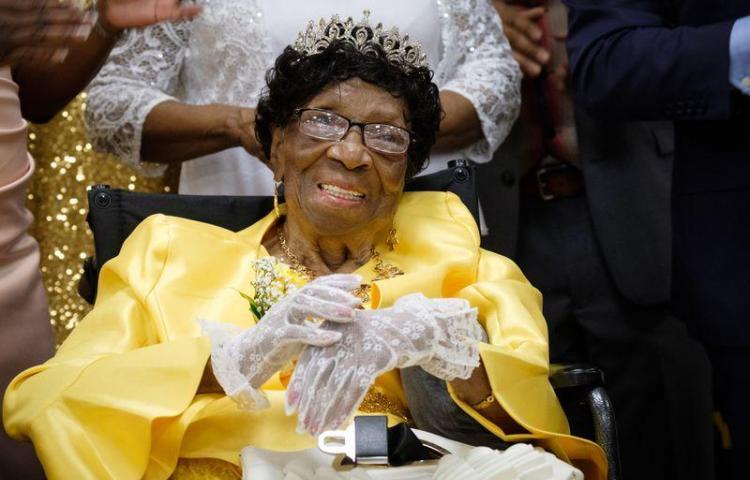 La persona más anciana de EE.UU., una mujer de Nueva York, cumple 114 años
