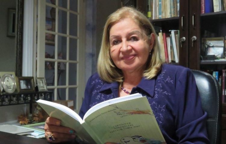 Recopilación de cuentos chiricanos tardó 10 años