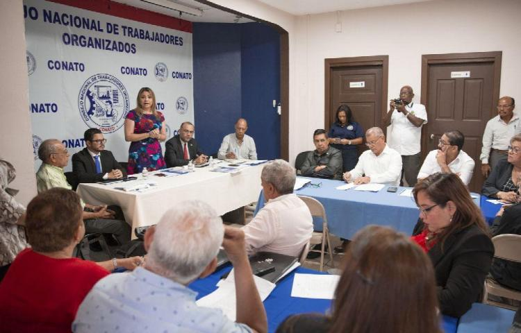 Ministra de Trabajo participó en primera reunión con Conato