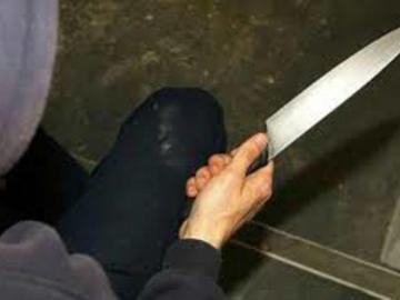 Taxista forcejeó con delincuentes y le cortaron la mano derecha