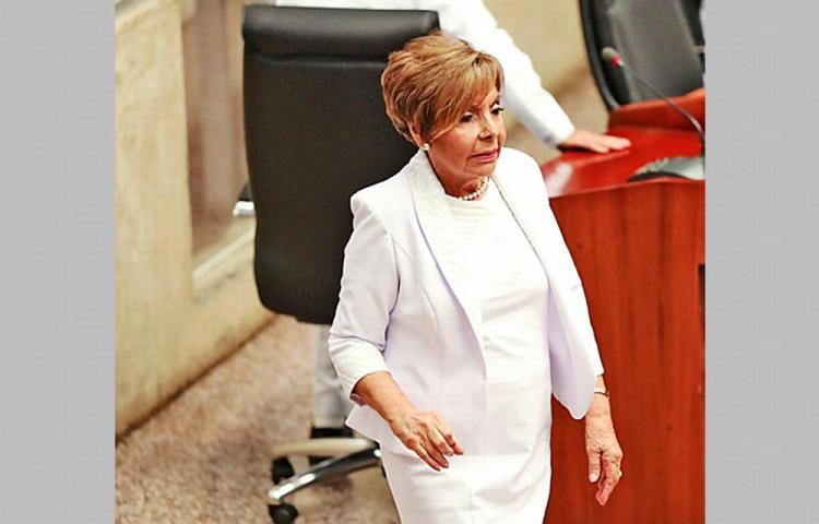 Asamblea podría definir ausencia de suplentes de 5 diputados principales