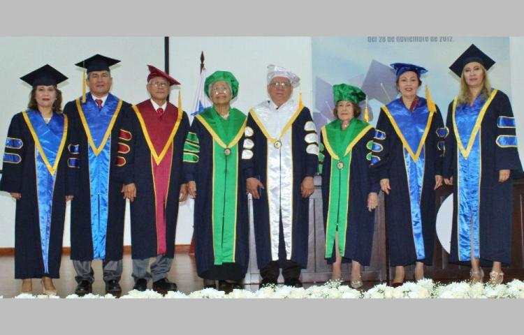 Con Honoris Causa honran a cuatro panameños meritorios