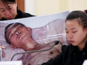 Un hombre sano muere dos meses después de ser detenido ilegalmente
