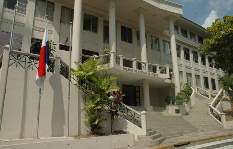Hijo de funcionaria judicial es acusado de extorsión