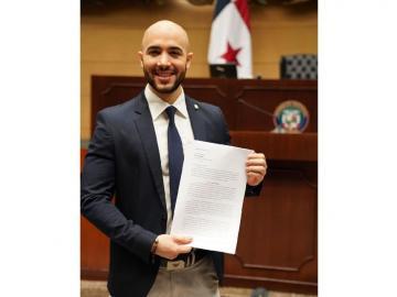 Diputado Broce presentó el anteproyecto de Ley medioambiental