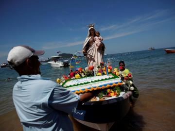 Taboga rinde tributo a su protectora, la Virgen del Carmen