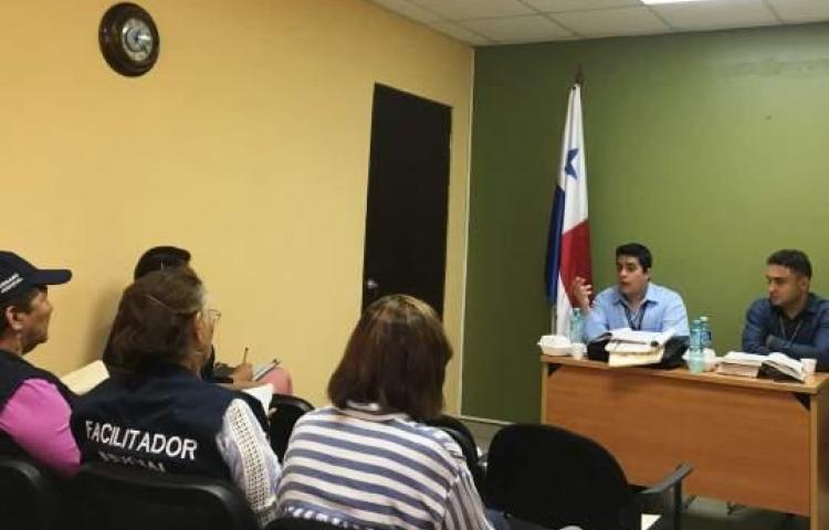 Facilitadores judiciales de Pedasí y Los Santos conocen la competencia del Juzgado Agrario