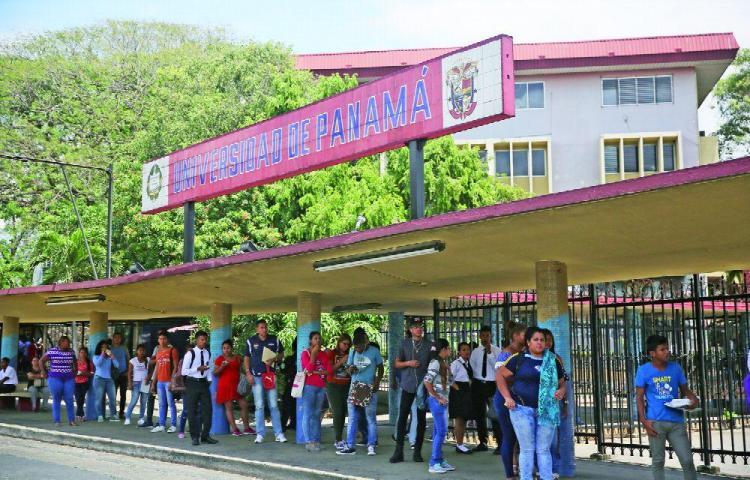 Empleados de las cafeterías de la UP piden salir de la profunda crisis