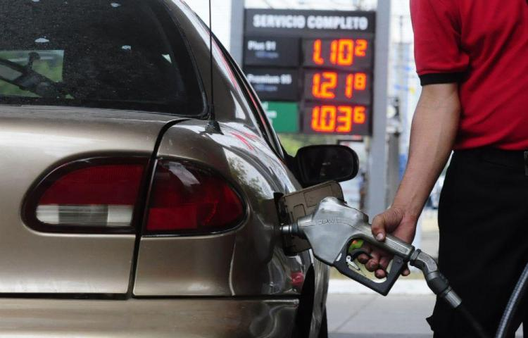 Gasolina volverá a aumentar este viernes