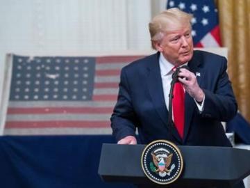 Trump asegura que derribaron un dron iraní